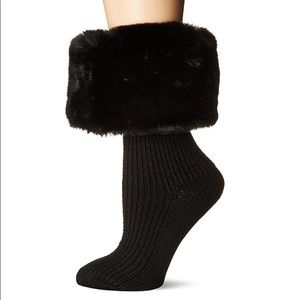 NIB UGG® Sienna Faux Fur Short Rainboot Sock